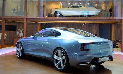 Volvo drar ned antalet bilsalonger dramatiskt – ska sälja bilar på nätet