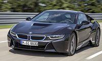 Har BMW i8 verkligen sex cylindrar?