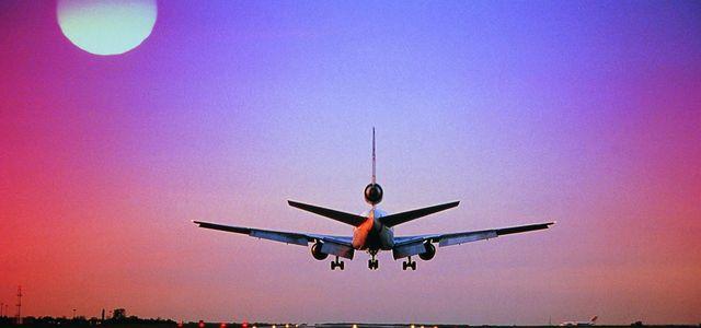 Få hjälp med ersättning för försenade flyg