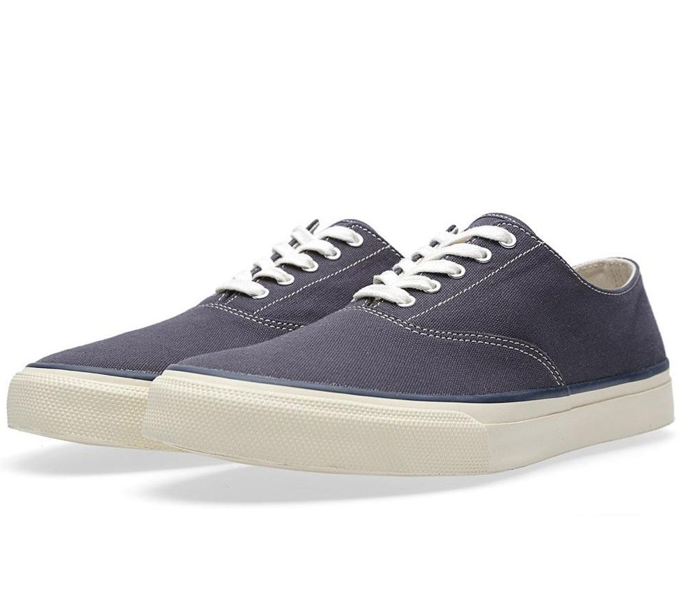 27-02-2014_sperry_cvocanvas_navy1.jpg