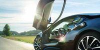 PROV: BMW i8 - Vi kör supersportbilen på svenska vägar